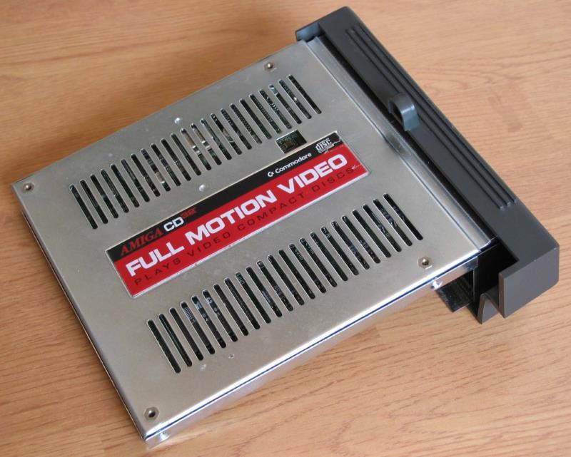 Modulo Full Motion Video Amiga CD32 - Amiga Cd32, la sfortunata console della Commodore
